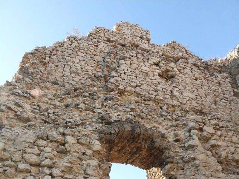 A torony belső fala  1. (részlet)